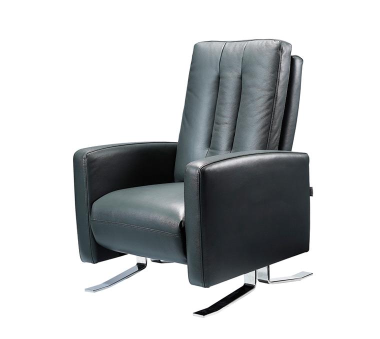 preci-recliner-leather-chair-midnight-black
