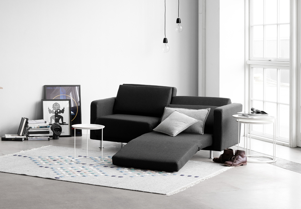 Melo_2_sofa_with_reclining_and_sleeping_function